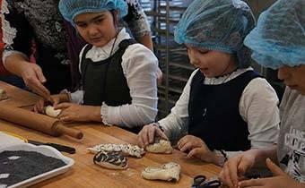 Экскурсия для школьников в хлебопекарню